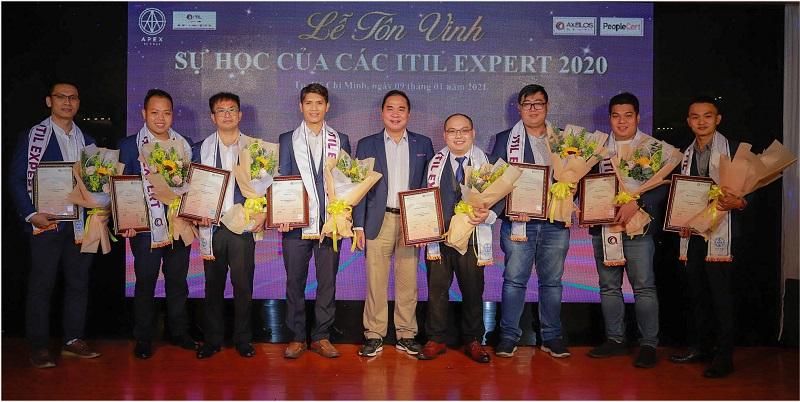 Chúc mừng 10 nhà quản lý CNTT đạt chứng chỉ ITIL 4 Managing Professional
